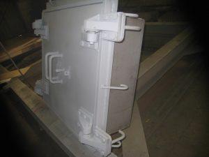 защитно-радиационный люк