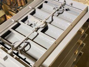 Механизм закрытия защитно-герметических дверей